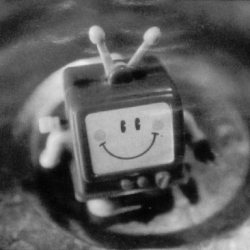 smiley-tv[1].jpg